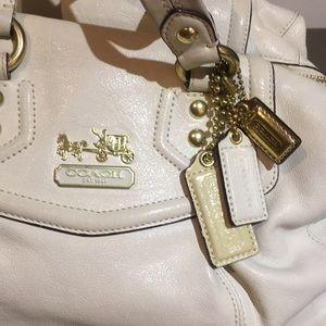 dc3bf20d9c1e Classic coach white leather purse